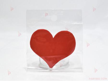 """""""Открий своя подарък по стъпки от сърца"""" в червено"""